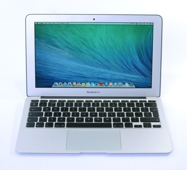 Apple MacBook Air 11.6 inch – Intel Core i5 1.4 GHz. 4 GB. 128GB. Grade A