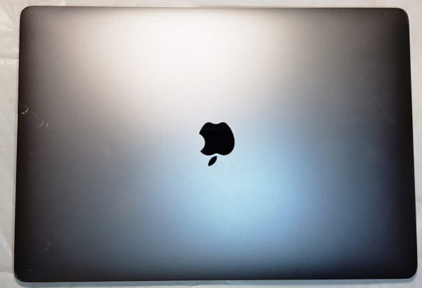 2016 Apple MacBook Pro 15″ Touch. Quad Core i7 2.6GHz. 16GB. 256GB. Radeon Pro 450 2GB. MLH32B/A