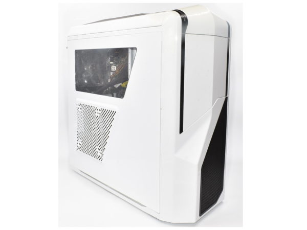 Gaming Water Cooled White PC. Intel Quad i5-4690K. Z97-P. 16GB. GTX 970. 1TB.